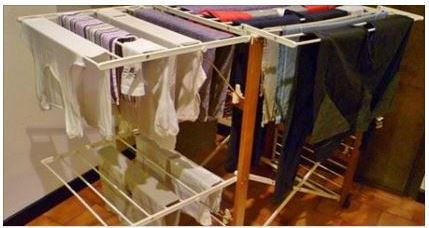 Biancheria stesa in casa fa male alla salute scienza - Asciugare panni in casa ...